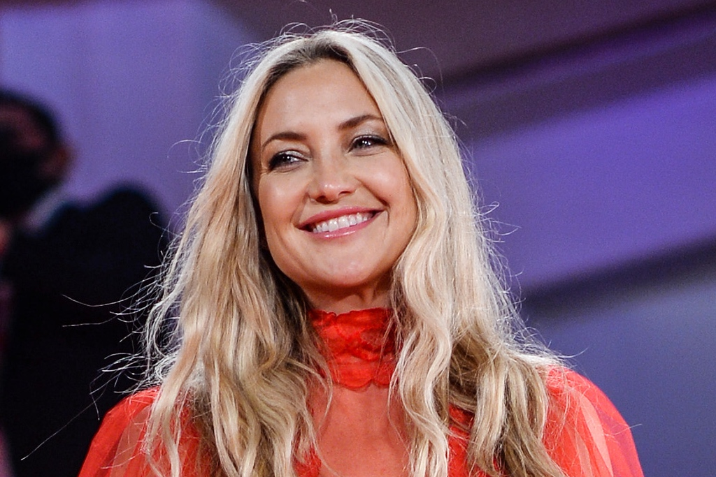 Photo of Kate Hudson Shines in Sheer Red Tulle Gown and Silver Platforms at Venice Film Festival