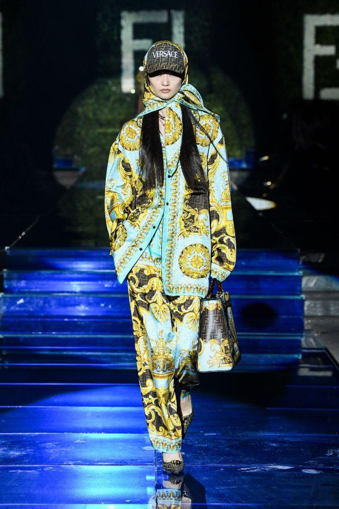 versace by fendi, fendi by versace, kate moss, amber valletta, versace fendi, fendi versace, mfw, milan fashion week, fashion, fendi shoes, fendi bag, versace shoes, versace fashion, runway