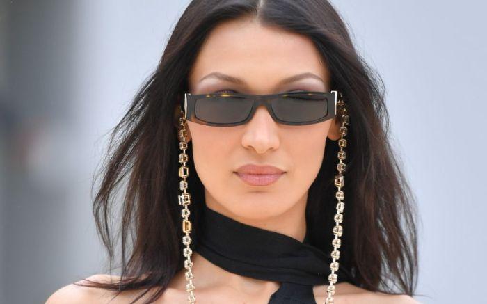 y2k fashion, bella hadid, bella hadid y2k fashion, bella hadid 2000s fashion, 2000s fashion, fashion trends, gen z fashion, fashion, shoes