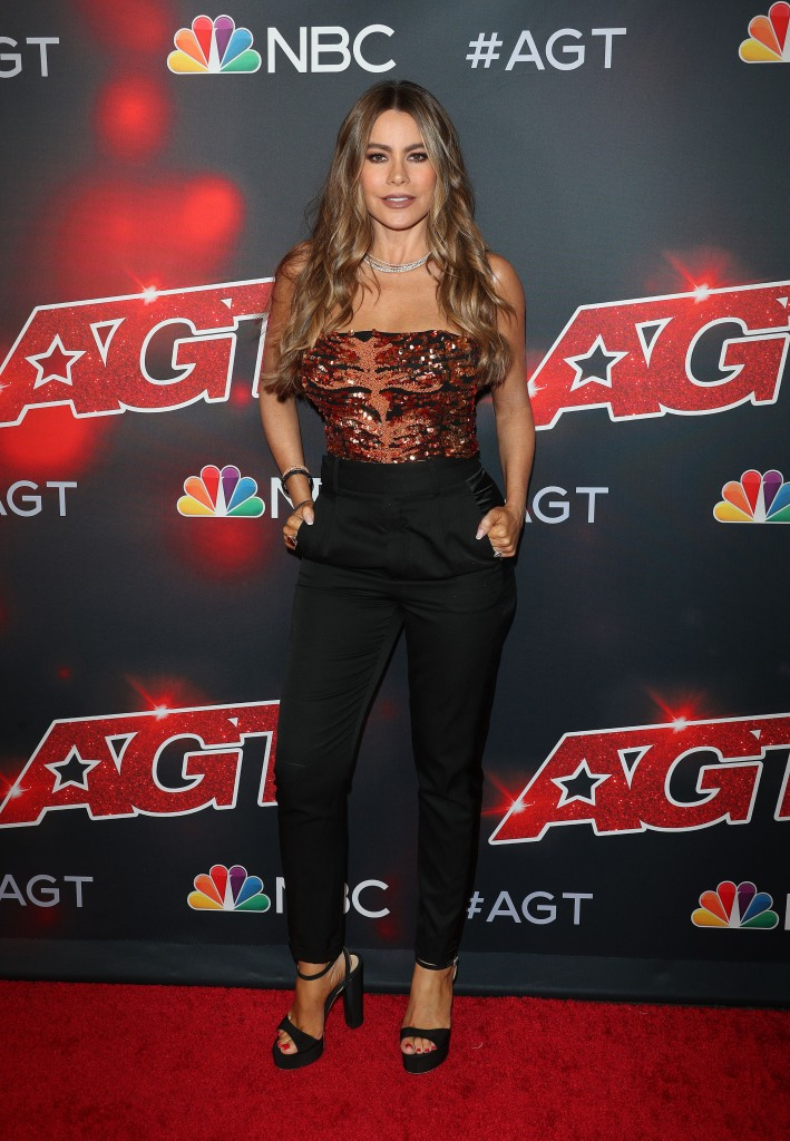 Sofia Vergara, Retrofete, America's Got Talent, platform sandals