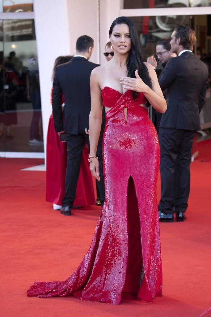 Adriana Lima, Etro, gown, sandals, Venice Film FestivalAdriana Lima, Etro, gown, sandals, Venice Film Festival