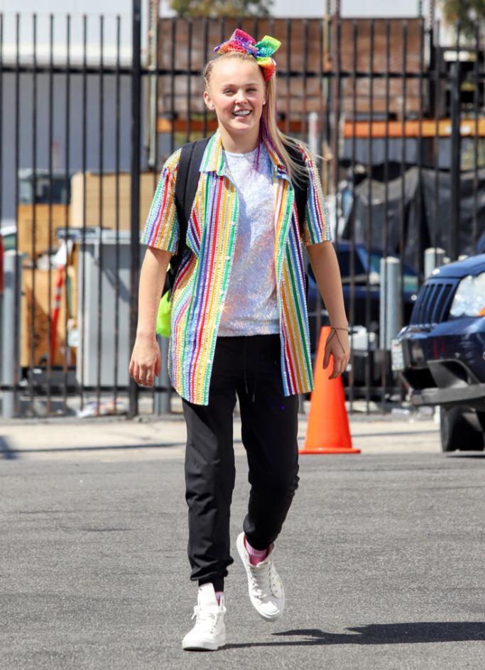 jojo-siwa, rainbow, jacket, sneakers, dwts