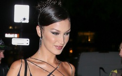 Bella Hadid steps out with friends