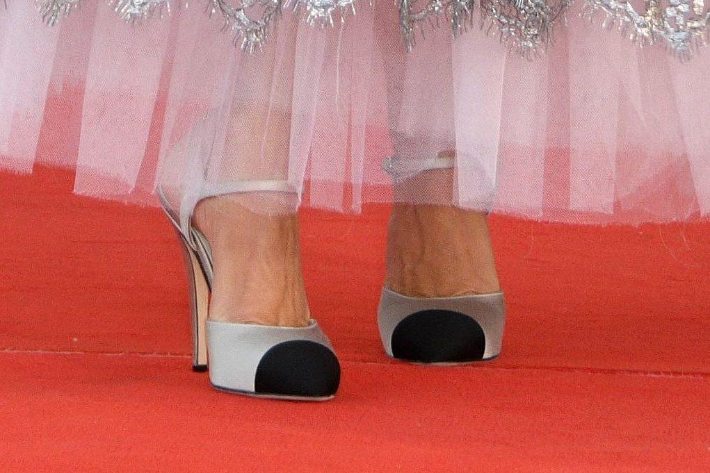 Closing Ceremony Red Carpet - The 78th Venice International Film Festival. 11 Sep 2021 Pictured: Penelope Cruz. Photo credit: KILPIN / MEGA TheMegaAgency.com +1 888 505 6342 (Mega Agency TagID: MEGA786050_045.jpg) [Photo via Mega Agency]