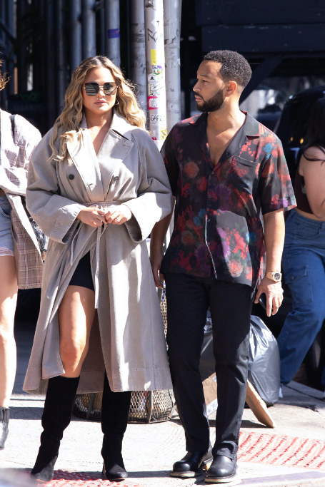 chrissy teigan, john legend, nyc, trench coat, slouchy boots