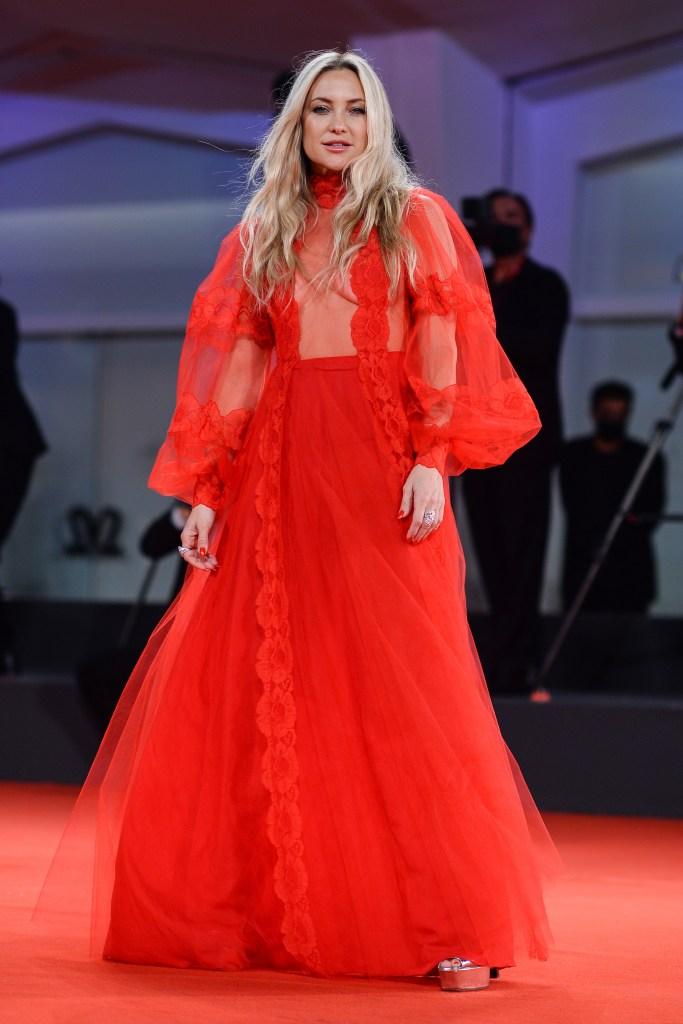 Kate Hudson, Giuseppe Zanotti, platform sandals, Valentino, red dress, Venice Film Festival