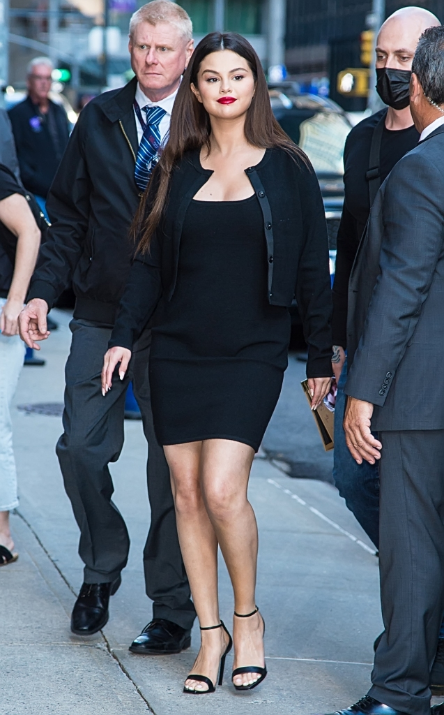 Selena Gomez arrives at The Late Show with Stephen Colbert to promote Hulu's comedy/mystery 'Only Murders in the Building' in New York City.Pictured: Selena GomezRef: SPL5252649 070921 NON-EXCLUSIVEPicture by: Ouzounova / SplashNews.comSplash News and PicturesUSA: +1 310-525-5808London: +44 (0)20 8126 1009Berlin: +49 175 3764 166photodesk@splashnews.comWorld Rights