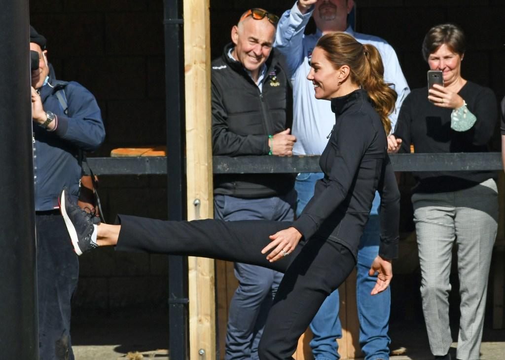 Kate Middleton, Duchess of Cambridge, Prince William, Lululemon, New Balance, sneakers, black sneakers