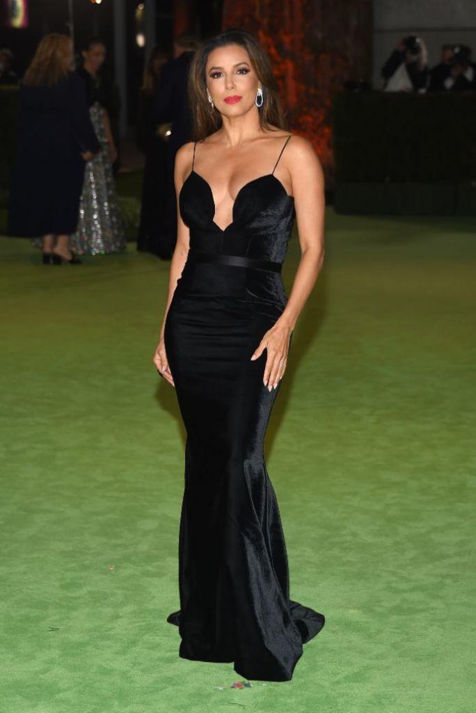 eva longoria, gown, dress, black velvet dress, bustier, spaghetti straps, heels, ysl, saint laurent, red carpet