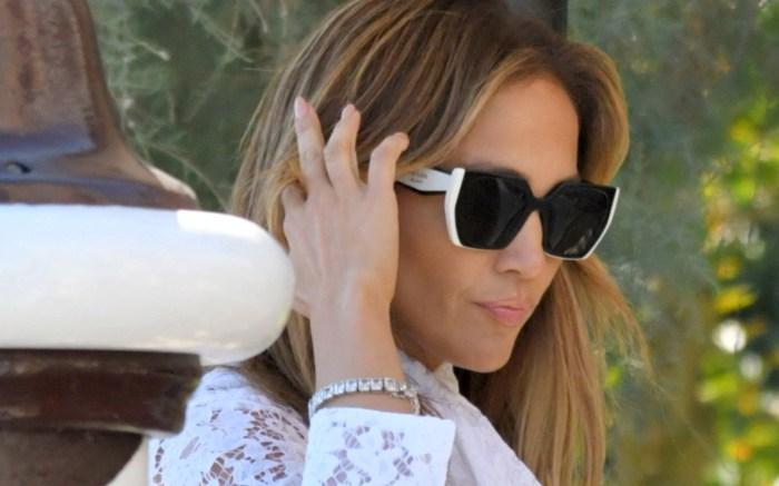 Jennifer Lopez Arrives In Venice