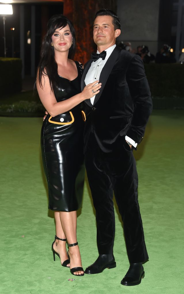 katy perry, latex dress, heels, sandals, dress, black dress, orlando bloom, academy museum of motion pictures, la