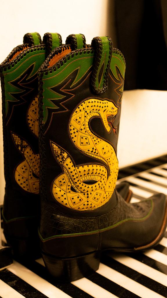 Leon Bridges Bode boots