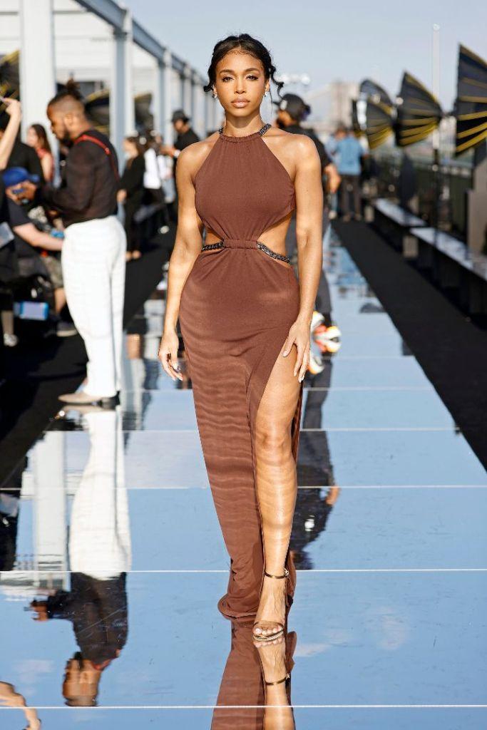 lori harvey, cutout dress, gown, heels, sandals, brown dress, new york, fashion week, dundas, revolve