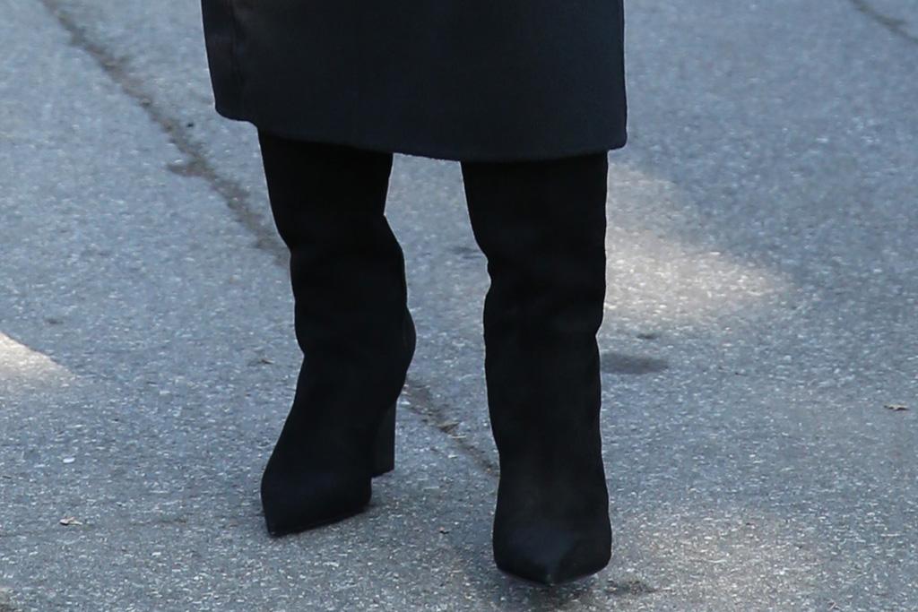 lori harvey, body, skirt, boots, high boots, michael kors, fashion show, new york fashion week, new york