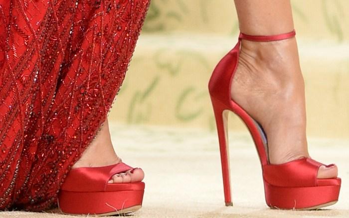 megan-fox-platform-heels-platforms