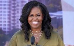 michelle obama, jumpsuit, heels, necklace, green