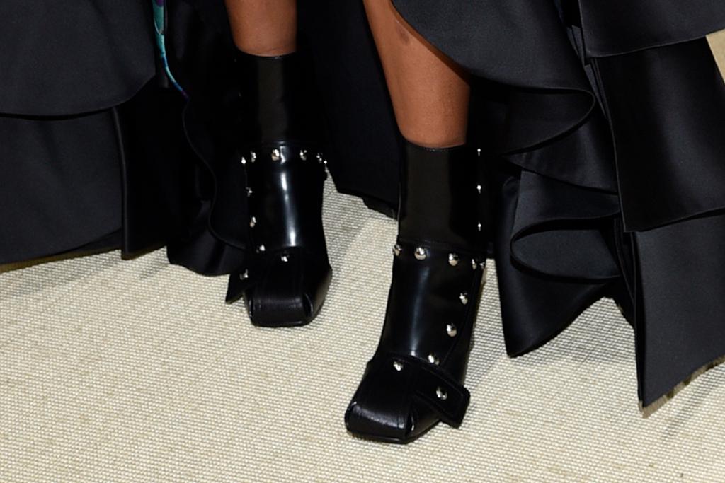 naomi osaka, dress, gown, boots, louis vuitton, met gala, cordae, japanese