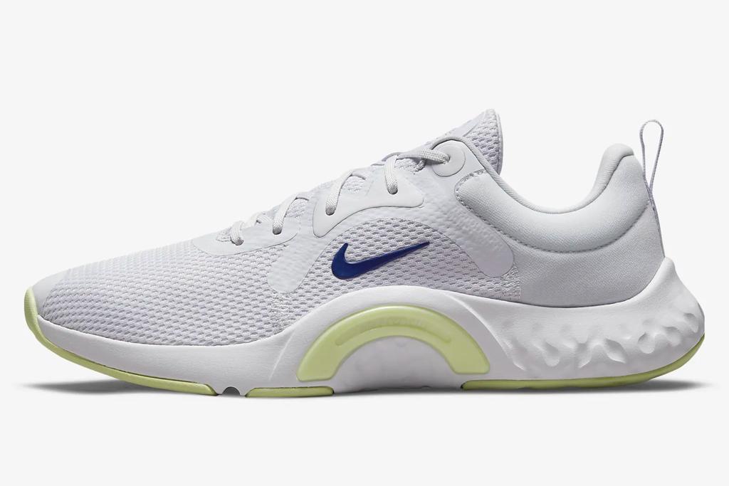 nike sneakers, gray