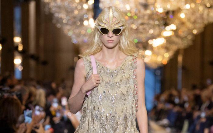 louis vuitton, louis vuitton spring 2022, spring 2022, paris fashion week, pfw, louis vuitton paris fashion week, runway, fashion, fashion trends, shoes, louis vuitton shoes, louis vuitton bag