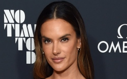 Alessandra Ambrosio, No Time to Die,