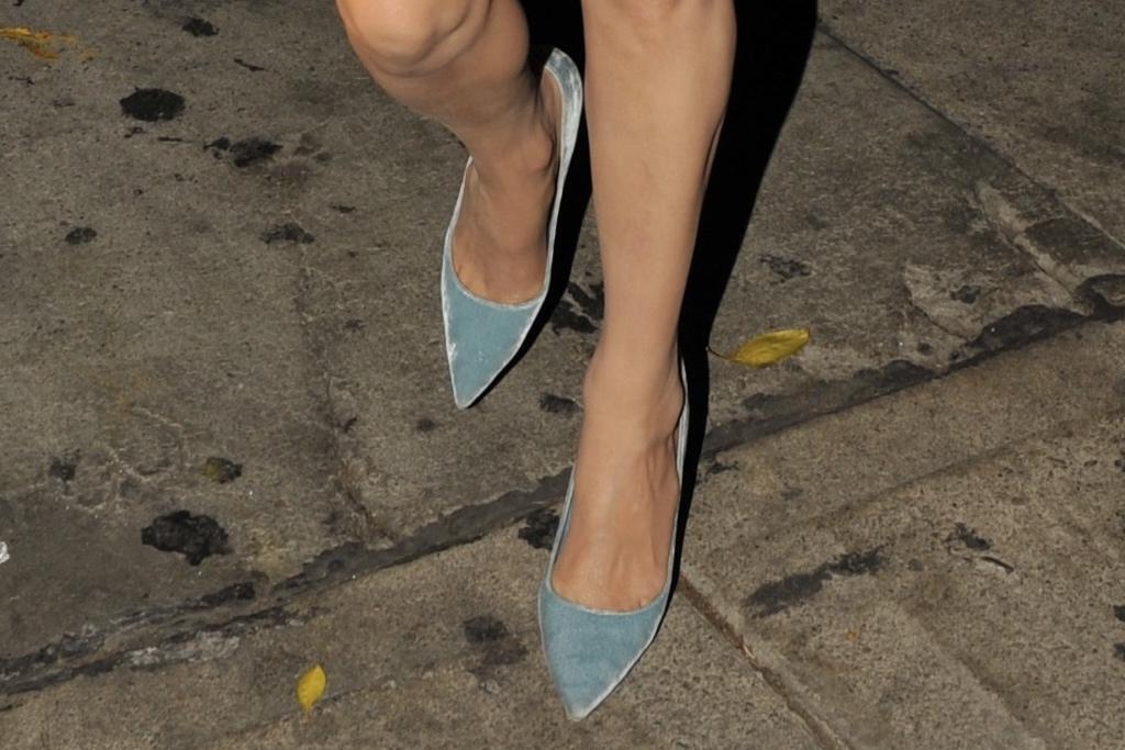 Nicky Hilton, pumps, blue pumps, pointed toe pumps, velvet pumps, Chanel, tweed dress, strapless dress