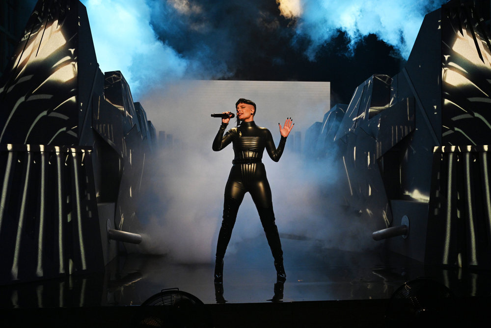 Halsey, Saturday Night Live, bodysuit, black leather, latex boots, pointed-toe boots, heeled boots