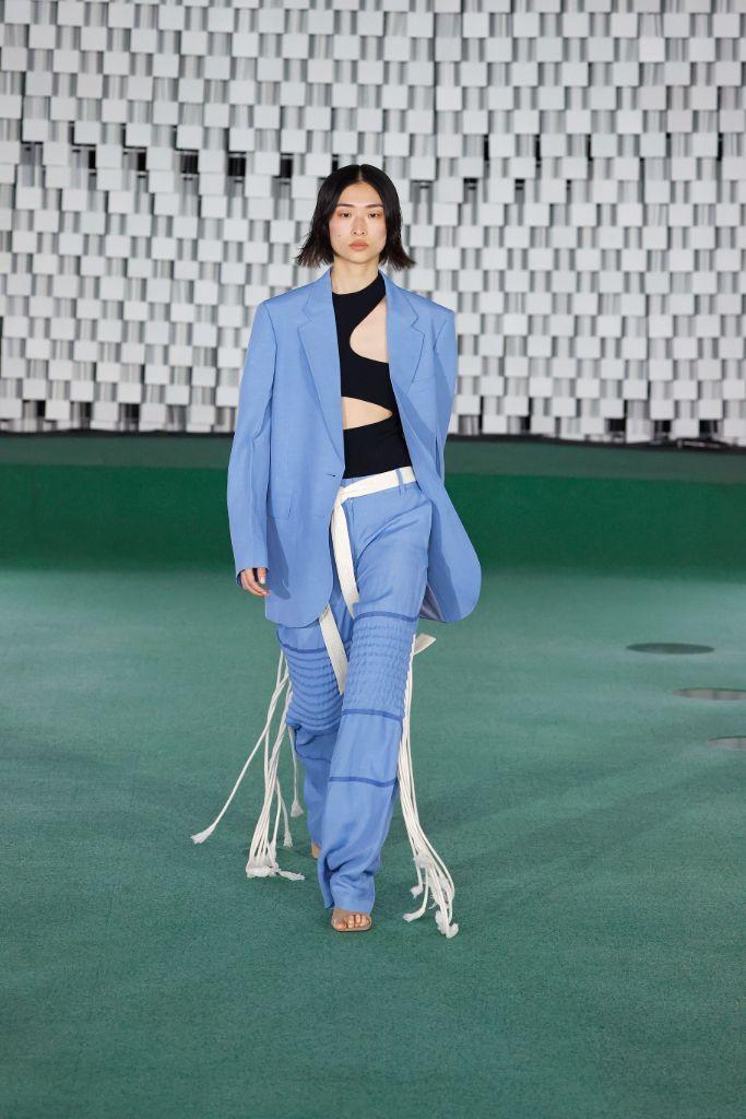 spring 2022 fashion trends, spring 2022 trends, fashion trends, paris fashion week, pfw, paris fashion week trends, pfw trends, runway, stella mccartney