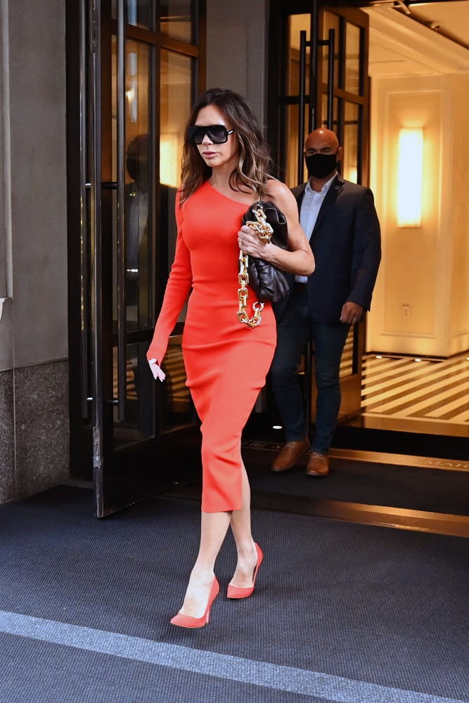 victoria beckham, nyc, orange, midi dress, heels