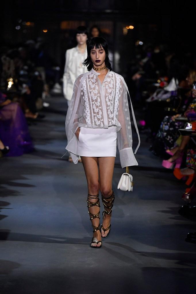 spring 2022 fashion trends, spring 2022 trends, fashion trends, paris fashion week, pfw, paris fashion week trends, pfw trends, runway, valentino