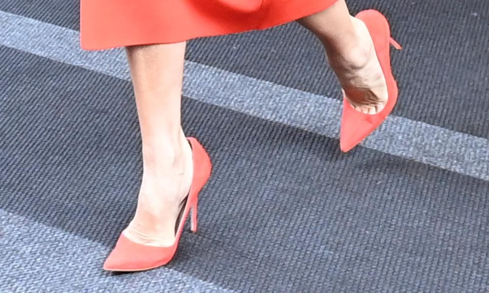 victoria beckham, heels, orange, nyc, midi dress