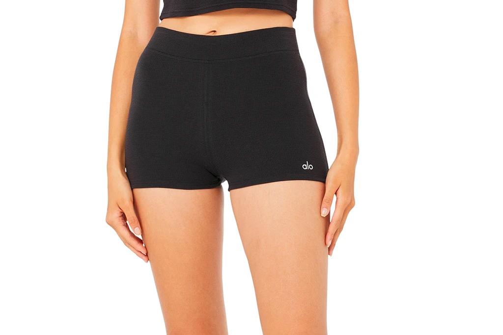 black shorts, alo yoga