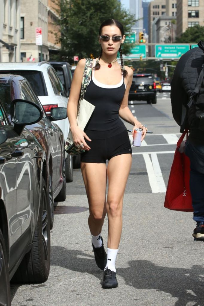 bella hadid, camisole, tank top, shorts, sports bra, socks, sneakers, gym, new york