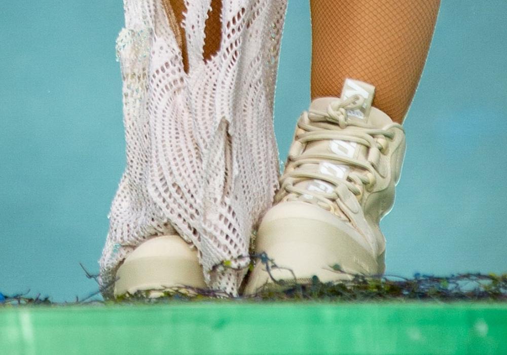 doja cat, acl, white boots, austin