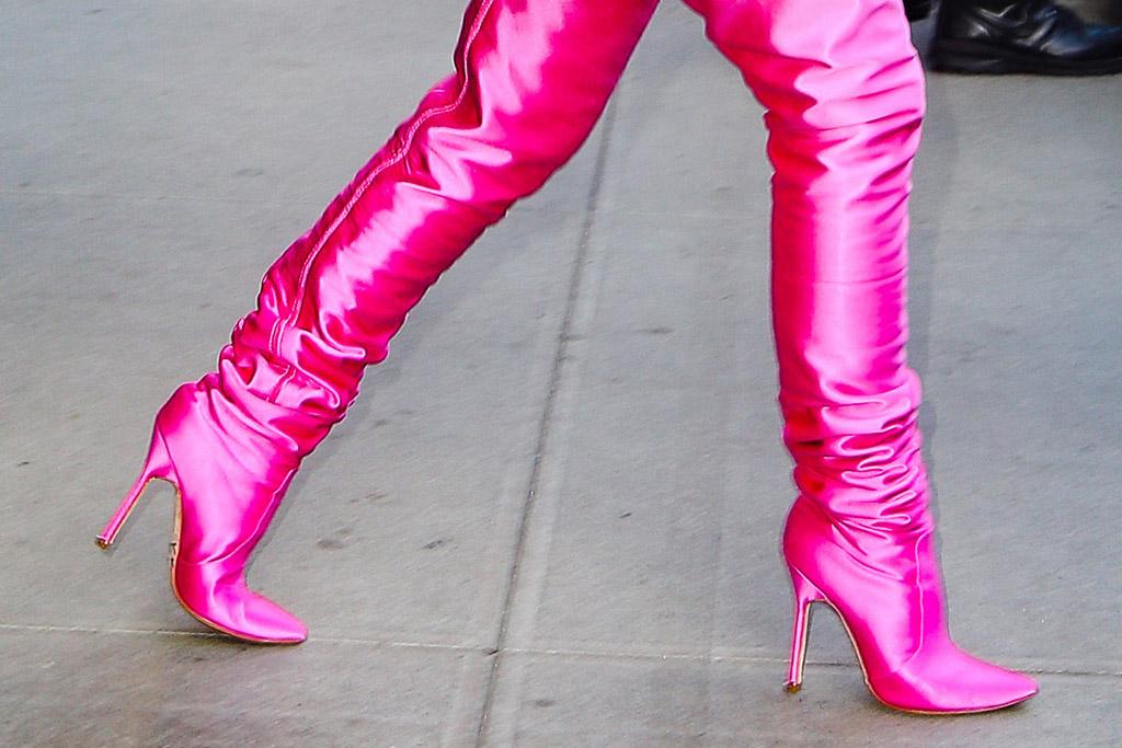 kim kardashian, pink blazer, hot pink, heels, boots, thigh-high boots, jacket, new york, hotel, snlkim kardashian, pink blazer, hot pink, heels, boots, thigh-high boots, jacket, new york, hotel, snl