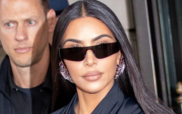 kim-kardashian-tights-boots-new-york-2