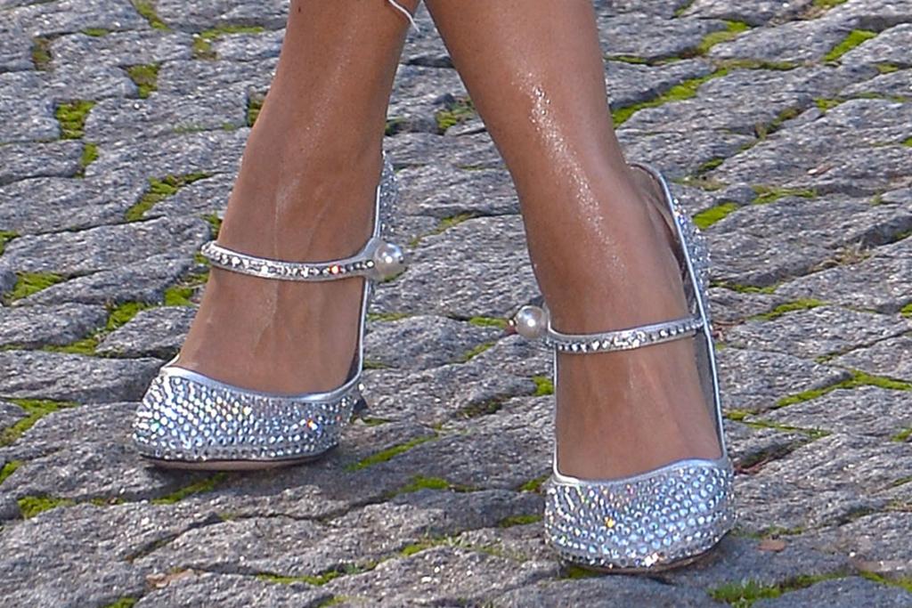 lori harvey, denim dress, jean dress, rhinestones, hair, glitter heels, pumps, miu miu, paris fashion week, france, model