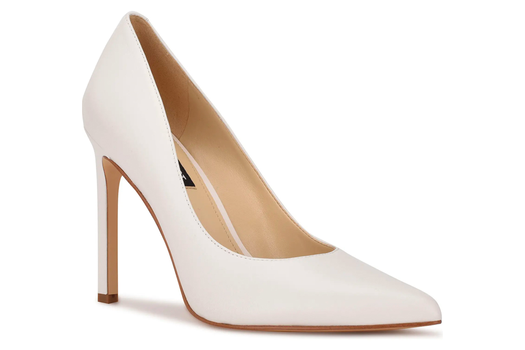 white pumps, heels, pointed toe, nine west