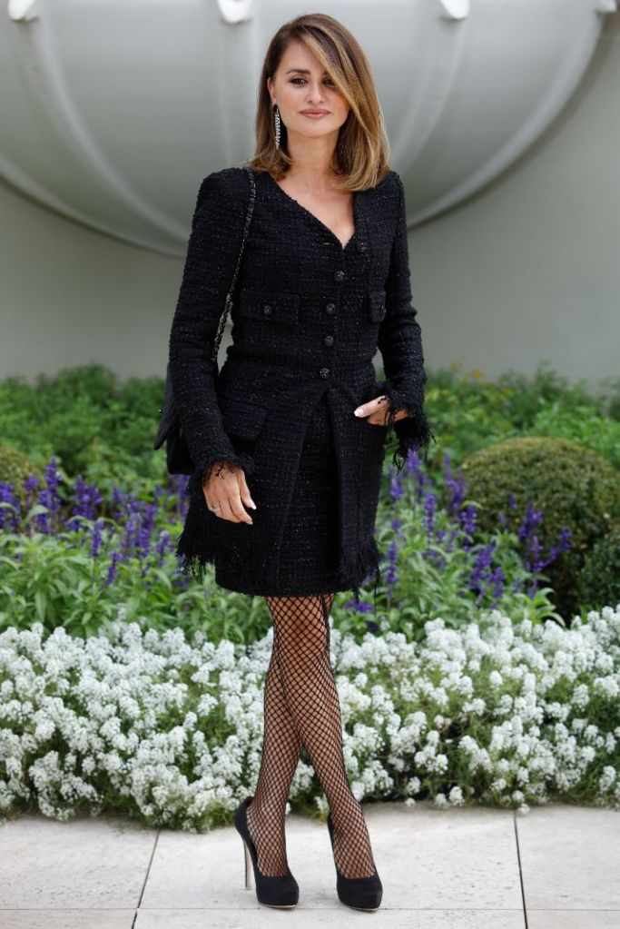 penelope cruz, dress, chanel dress, blazer dress, fishnet tights, heels, pumps, parallel mothers, spain, movie