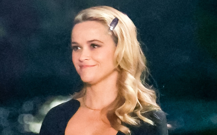reese-witherspoon-dress-boots-movie-2