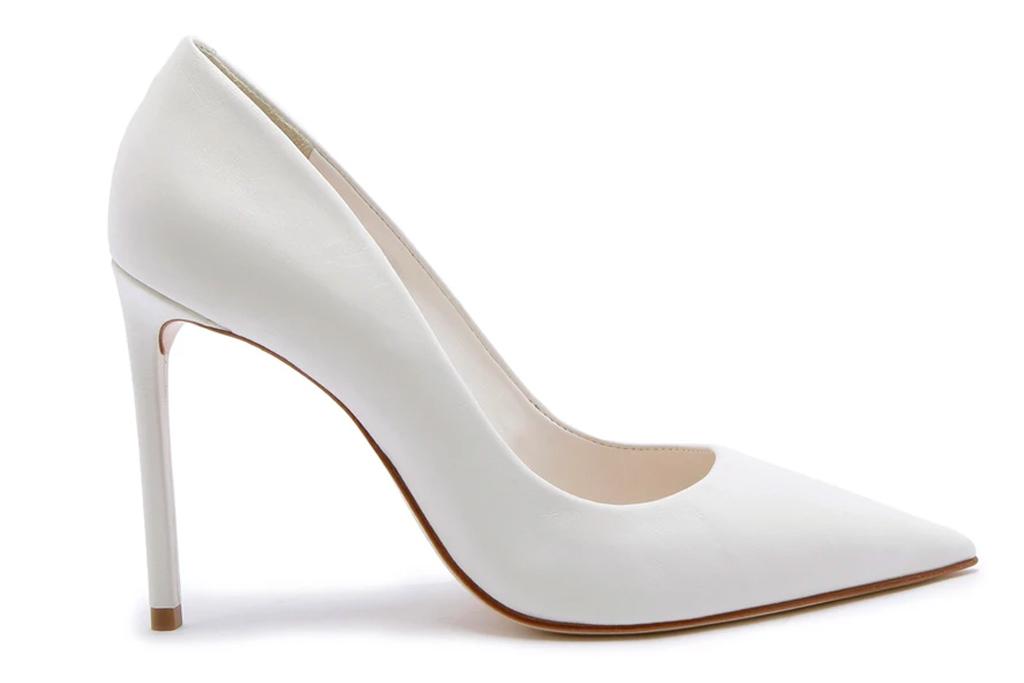 white pumps, heels, pointed toe, schutz